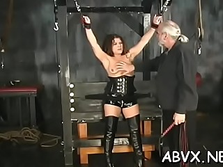 Kinky maiden in oral sex action