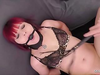 Rothaarige Freundin Kim als BDSM Sklavin benutzt  Deutsch  German Sadomaso
