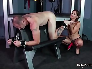 Sexy babe enjoys fucking a dude in bondage